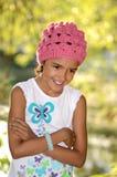 Маленькая девочка наслаждаясь природой Стоковое фото RF