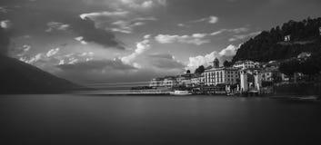 Маленький город Bellagio над озером como стоковое фото rf