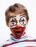Маленький милый мальчик с facepaint любит клоун, поднимающее вверх pantomimic выражений близкое Стоковые Фото