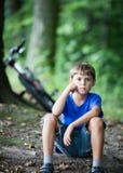 Маленький отдыхать велосипедиста Стоковые Изображения