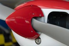 Малые воздушные судн спорта припаркованные в ангаре, конце вверх деталь Стоковое фото RF