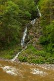 Малый водопад в австрийском Rettenbachtal стоковое фото