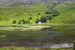Малый водопад в Шотландии стоковое фото