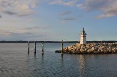 Малый маяк в гавани Ebeltoft, Дании Стоковые Изображения