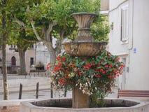 Малый переулок фонтана en Провансали AIX стоковое фото