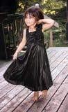 Малый ребенок девушки в платье стоковые изображения rf