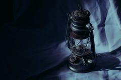 Малый свет в темноте стоковое изображение rf