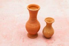2 малых бака агашка - объекты глины Стоковая Фотография RF