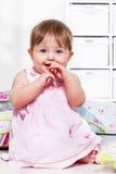 Малыш на поле Стоковые Изображения RF