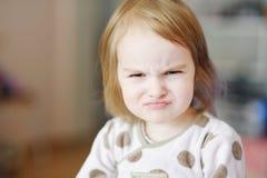 малыш сердитой девушки маленький стоковое фото rf