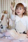 Малыш с лебедем золота Стоковое фото RF