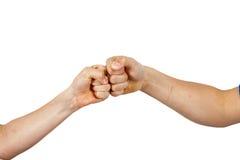 Мальчики приветствуя с рему кулачка Стоковые Фотографии RF