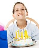 мальчик дня рождения немногая делает желание Стоковые Фотографии RF