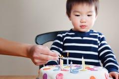 мальчик дня рождения Стоковые Изображения