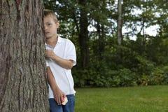 мальчик застенчивый Стоковые Изображения