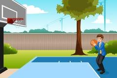 Мальчик играя баскетбол в иллюстрации задворк иллюстрация вектора