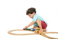 мальчик играя поезд Стоковая Фотография