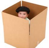 мальчик коробки стоковая фотография rf