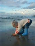 мальчик меньшяя грязь Стоковые Изображения RF