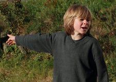 мальчик немногая указывая Стоковое фото RF