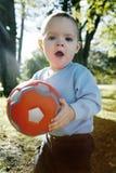 мальчик немного outdoors стоковое фото rf