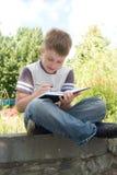 мальчик пишет Стоковое фото RF