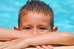 мальчик плавая 3 Стоковые Изображения RF