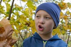 мальчик раскрыл его рот Стоковое Фото
