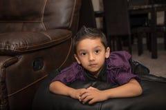 Мальчик смотря вперед Стоковые Фотографии RF