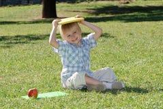 Мальчик с книгами Стоковые Фото
