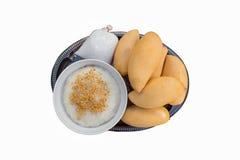 Манго и липкий рис Стоковые Фотографии RF