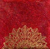 Мандала золота на красном ярком блеске Стоковая Фотография RF