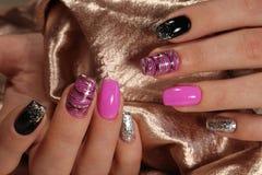 Маникюр дизайна ногтей моды Стоковые Изображения RF