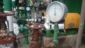 Манометр для фабрики водяной помпы Стоковое Фото
