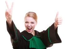 Мантия классики молодого женского юриста юриста нося польская черная зеленая Стоковые Изображения
