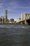 Манхаттан и мост Манхаттана Стоковые Фото