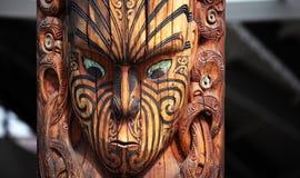 Маорийский высекать, племенной тотем Стоковые Фотографии RF