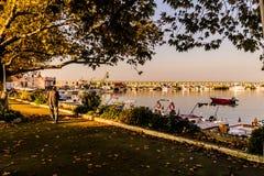 Марина и морской порт городка Cinarcik Стоковые Фото