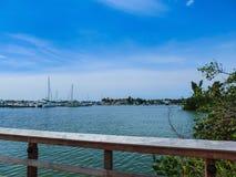Марина и портовый район шлюпки в Неаполь, Флориде стоковое изображение rf
