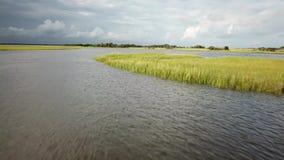 Марина острова лысой головы болота BHI заводи Северной Каролины приливная видеоматериал