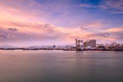 Марина пристани на заходе солнца Стоковые Изображения