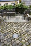 Маркировка через Epternacensis - культурная прогулка бронзовой доски через древний город Echternach в Люксембурге стоковые изображения rf