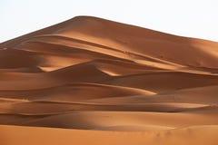 Марокко Песчанные дюны пустыни Сахары Стоковое Фото