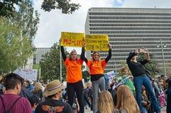 Март для нашего марша ` s движения жизней в городском Лос-Анджелесе Стоковое Изображение