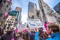 Март 2017 NYC женщин Стоковое Изображение
