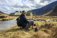 Маршрут назад от держателя сильного Горы Cairngorm, Aberdeenshire, Шотландия стоковые изображения