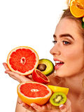 Маска волос и ухода за лицом от свежих фруктов для концепции женщины Стоковые Фото