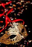 маска масленицы золотистая Стоковое Изображение