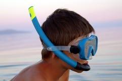 маска подныривания мальчика Стоковые Фото