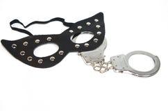 Маска фетиша и наручник стоковые изображения rf